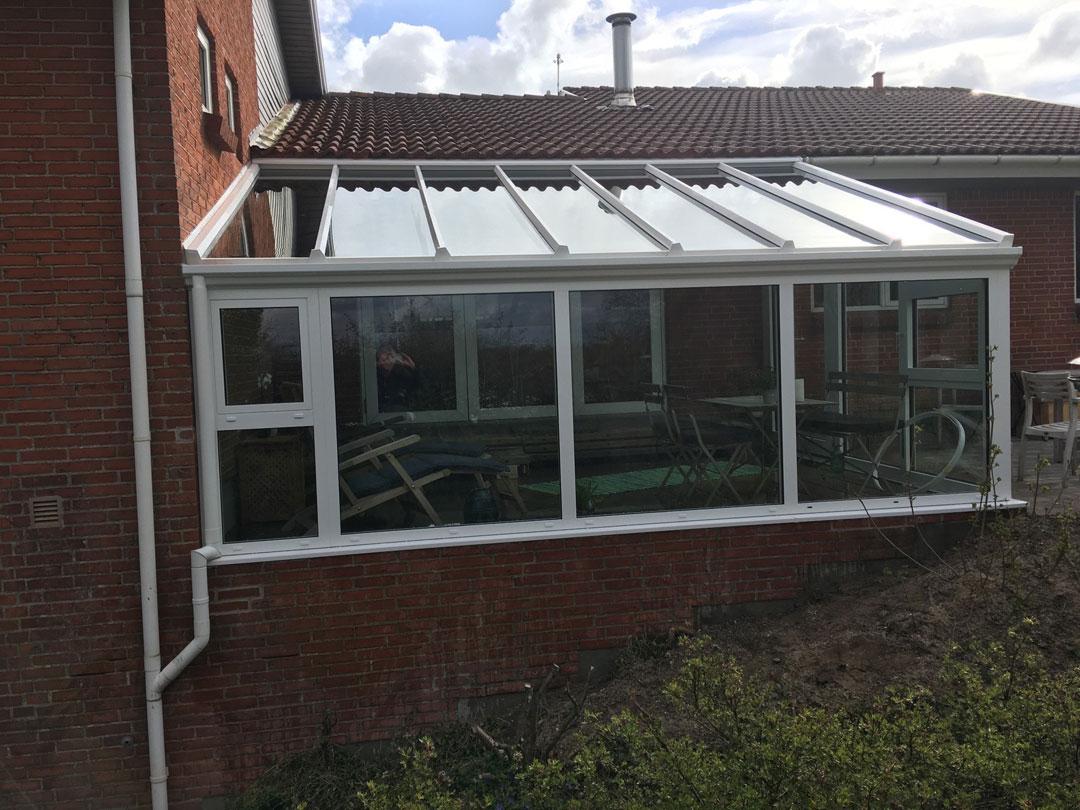 Vask af svært tilgængelige vinduer med Ultra Rent Vand